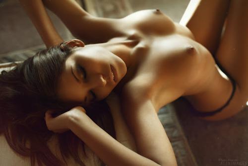 эротический фото девушки
